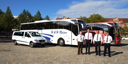 Das ist das Team von H&H Reisen Potsdam